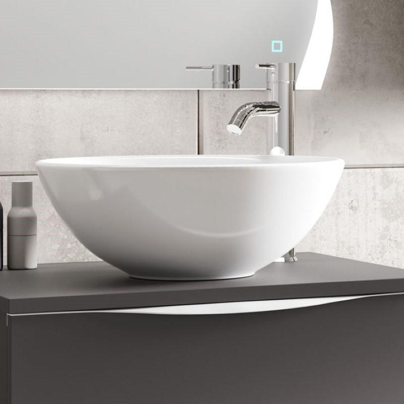 vasque-ceramique-ronde-bol-a-poser-austin-blanche-diamtre-40-cm-sur-un-meuble-
