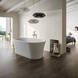 mur-derriere-baignoire-ilot-faience-decor-relief-3d-blanc-mat-comfort-g-design