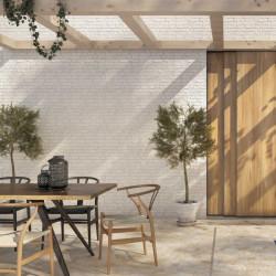carrelage-style-briquette-urban-white-31x56-mur-exterieur 1