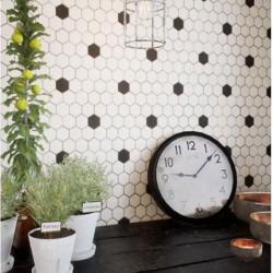 credence-de-cuisine-carrelage-mosaique-55x62-mm-hexagone-blanc-deco-03-blanc-noir