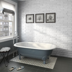 carrelage-aspect-marbre-blanc-brillant-carrara-wall-evolution-75x30-gloss-au-mur-d-une-salle-de-bains