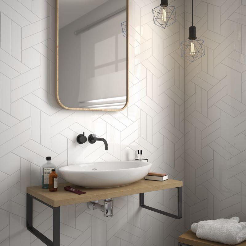 carrelage-chevron-wall-mat-white-right-left-186x52-mm-mur-salle-de-bains
