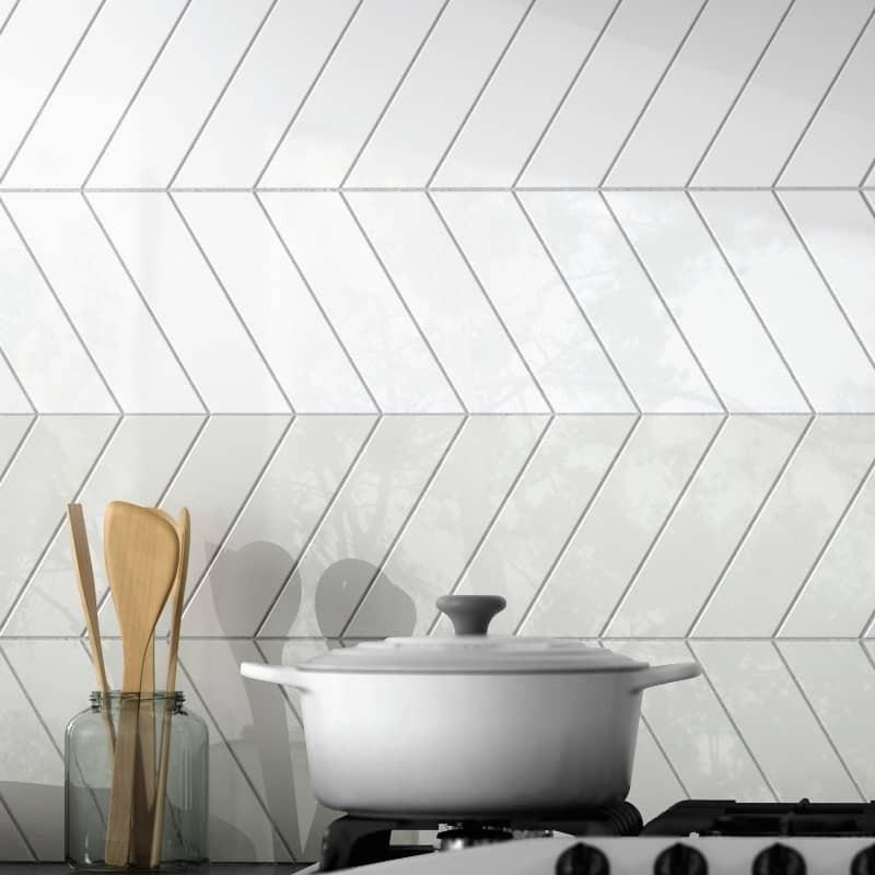 carrelage-blanc-pose-chevron-wall-white-left-right-186x52-mm-brillant-credence-cuisine