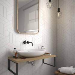 salle-de-bains-avec-carrelage-chevron-wall-mat-white-right-left-186x52-mm-blanc-mat-style-industriel