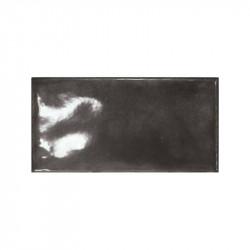 faience-splendours-black-75x150-mm-noir-brillant-bosselé-esprit-zellige