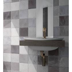 faience-15x15-a-motif-gris-noir-blanc-mur-derriere-vasque-suspendue-Splendours-royal-grey