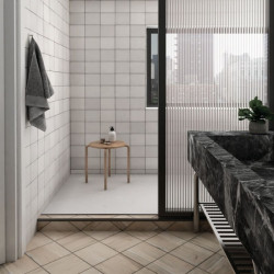 Faience-effet-zellige-magma-white-132x132-mm-murs-douche