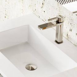 mitigeur-Quadro-chrome-sur-meuble-vasque-blanc