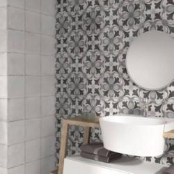 carreau-de-ciment-epoque-1-2-noir-et-blanc-223x223-murs-salle-de-bains