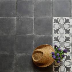 sol-en-carreau-noir-effet-ciment-ancien-epoque-negro-223x223