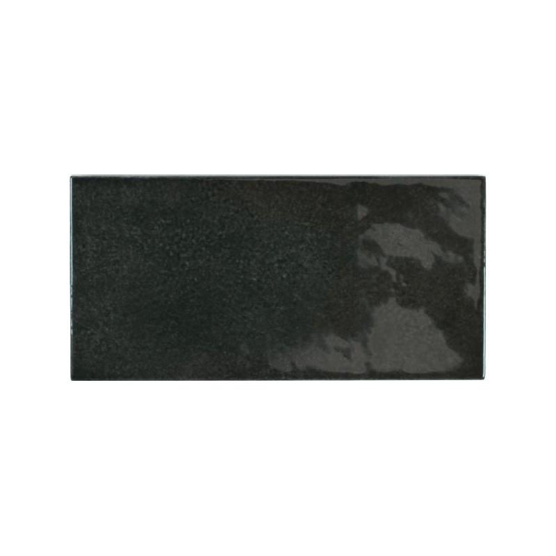 faience-aspect-zellige-village-black-65x132-noir-brillant