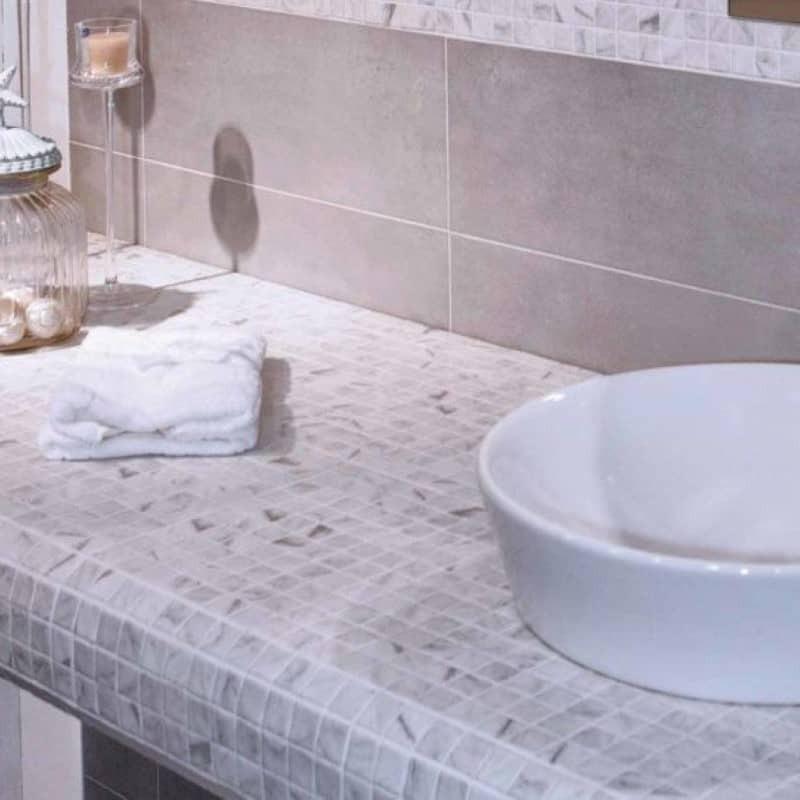 plan-de-vasque-en-emaux-de-verre-25x25-imitation-marbre-blanc