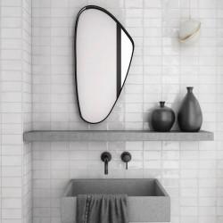 carrelage-esprit-zellige-format-carreau-metro-plat-75x150-mm-blanc-brillant-manacor-white-aux-murs-salle-d-eau-moderne