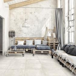 Maison-ambiance-recup-avec-sol-carrelage-imitation-beton-nuance-blanc-Hangar-white-60x60