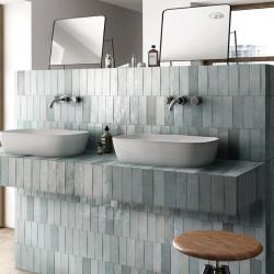 salle-de-bains-vintage-carreaux-zellige-artisan-65x200-mm-aqua-vert-d-eau