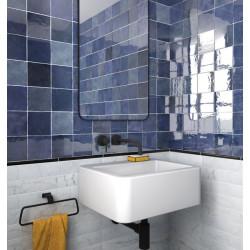 carrelage-salle-de-bains-aspect-zellige-Artisan-colonial-blue-132x132