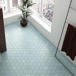 salle-de-bain-carrelage-hexagonal-kromatika-bleu-clair-116x101-pour sol-et-murs