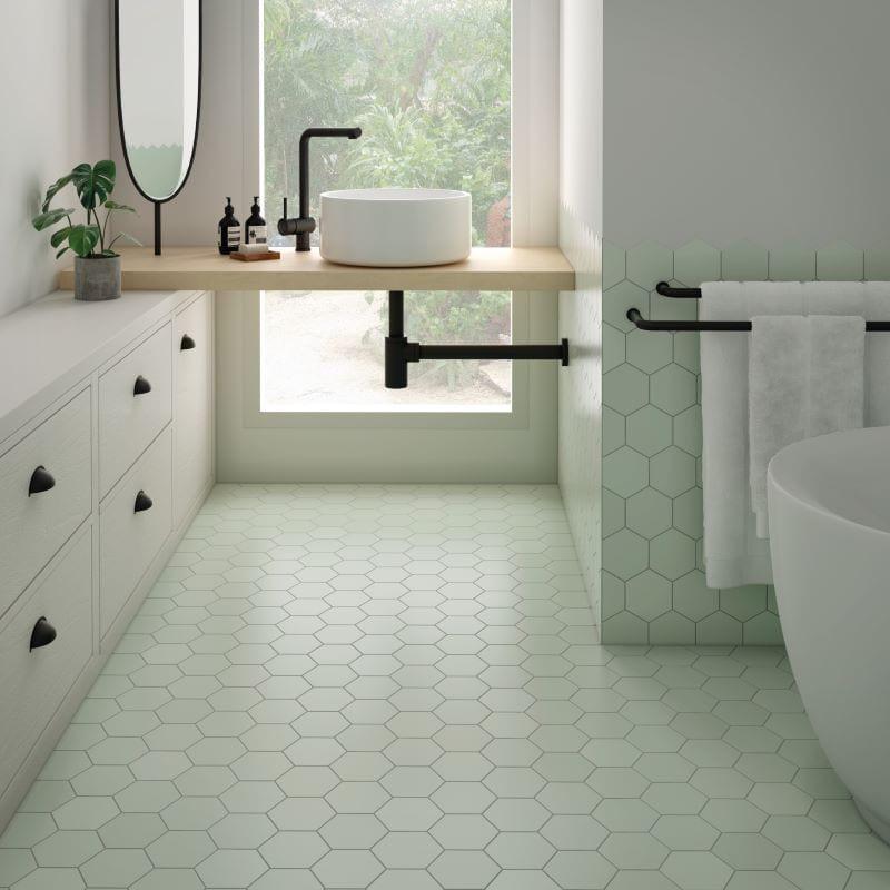 salle-de-bain-Carrelage-hexagonal-vert-menthe-116x101-Kromatika-mint-pour-sol-et-mur