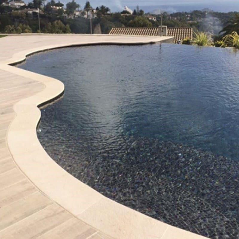 piscine-carrelage-emaux-de-verre-noir-mosavit-BRUMA-9001-antidérapant